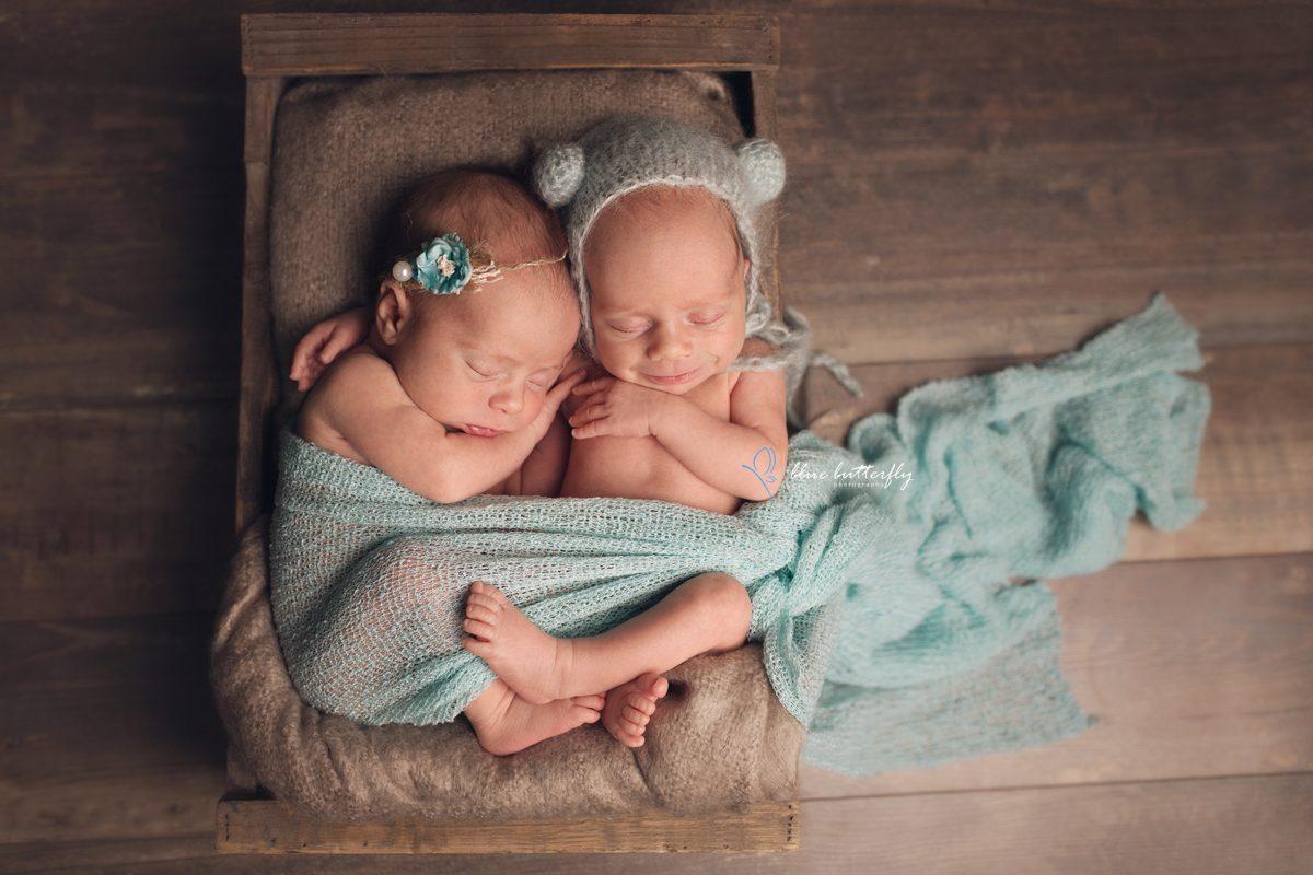 Julia i Natalka – sesja noworodkowa