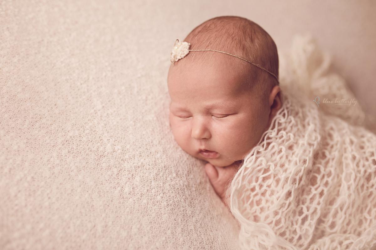 Lilianka – sesja noworodkowa